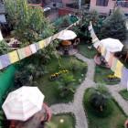 Елбрус: тих и чист хостел с голям двор