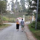 единствената друга двойка по пътя